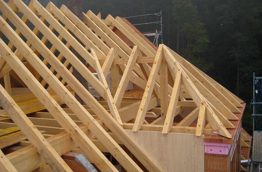 Dachstuhl der Zimmerei Pöschl